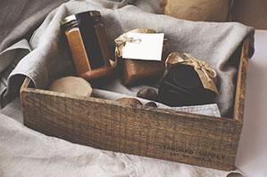 Box voller Geschenke