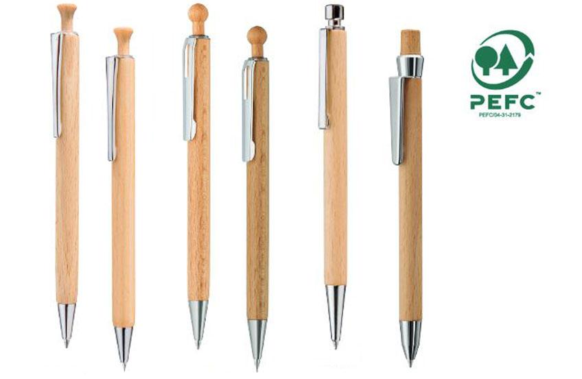 Kleine Kugelschreiber Auswahl die PEFC-Zertifiziert ist.