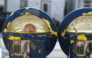 Alter Parkautomat/Parkscheibe