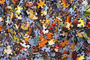 Gemischte Puzzleteile