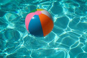 Wasserball in bunten Farben