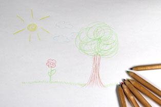 Kinderbild mit Malstifte