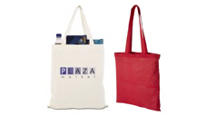 weine Naturfarbene Baumwolltasche mit kurzen Henkeln und eine rote Tasche mit langen Henkeln.